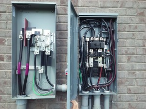 400-amp-meter-with-200-amp-disconnect-panel